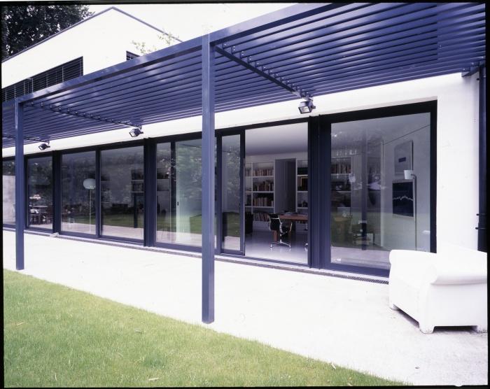 Maison B : Baie vitrée sur le salon