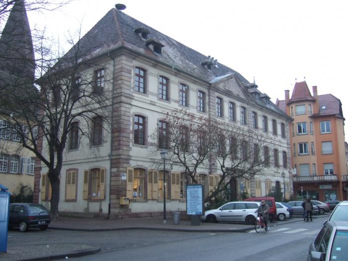 Aménagement de bureaux pour la Maison du Conseil Général du Bas-Rhin à SELESTAT (67)